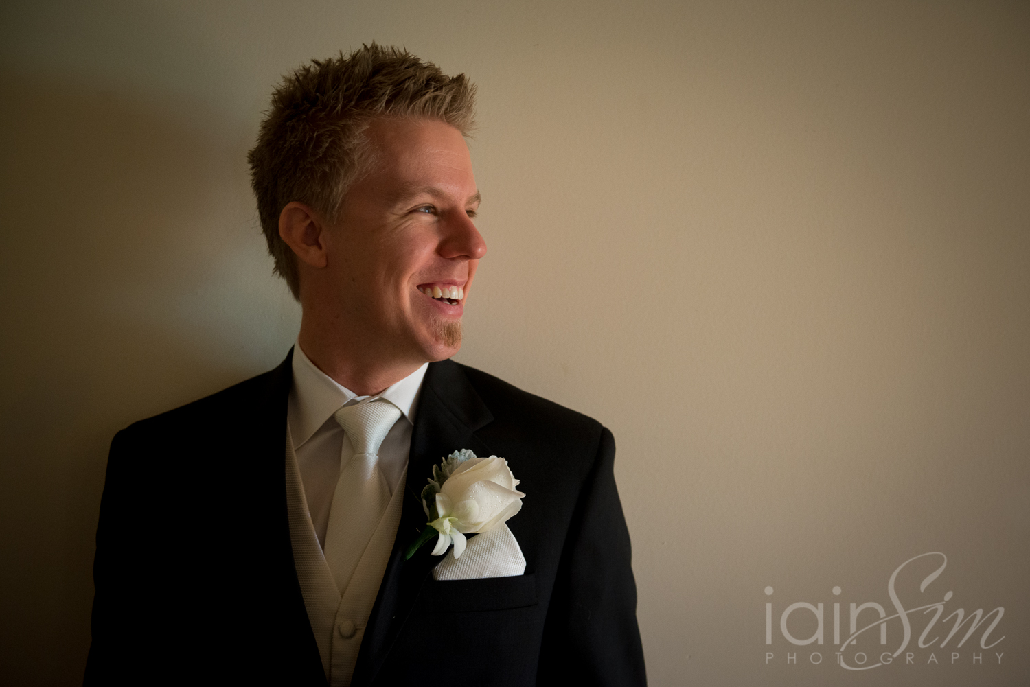 Dannii and James' Wedding at Doyles Mordialloc