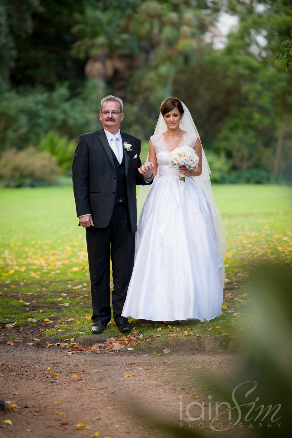 wpid-Katherine-and-Marks-RipponLea-Wedding-by-Iain-Sim-Photography_013.jpg