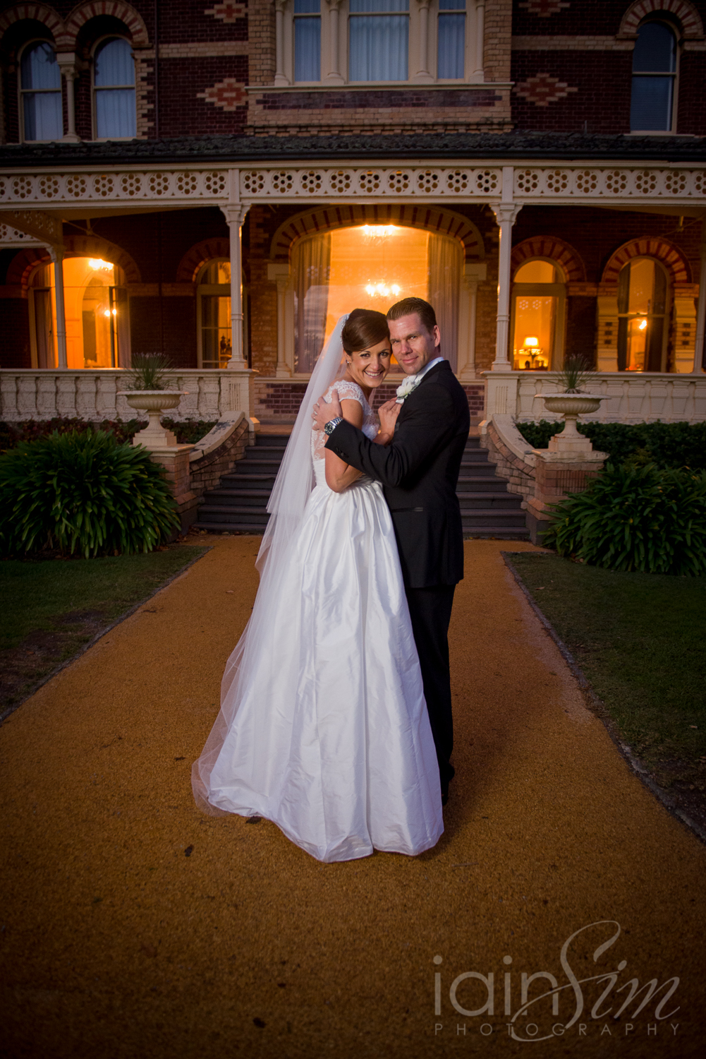 Katherine and Mark's Rippon Lea Estate Wedding